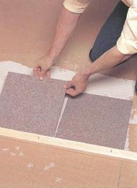Облицовка пола керамической плиткой